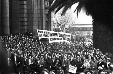 1956-womens-march